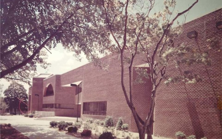 Neighborhood Facilities Center: 1979