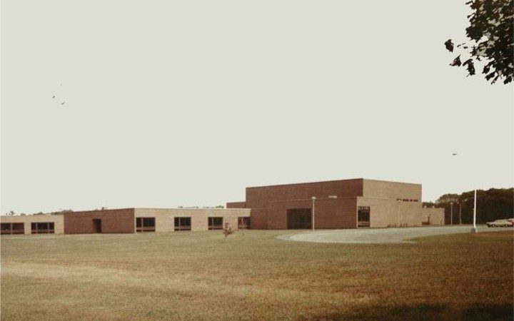 Center Moriches High School: 1980